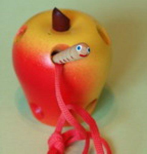Яблоко крашеное (9х10 см)